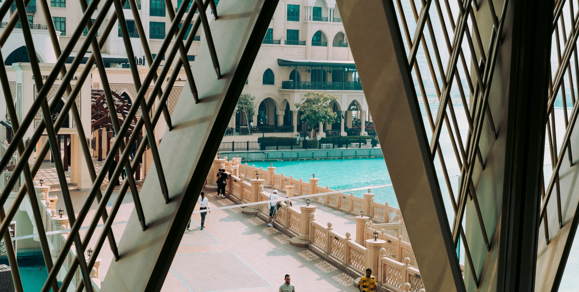External view of Dubai mall with pool